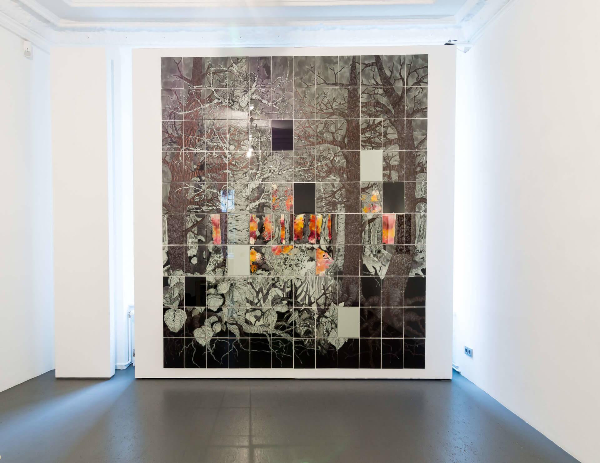 Katharina Albers, Wald XXXII(S), 2016, Tusche, Graphit, Linolfarbe, Ölfarbe, Fineliner, Gelstift auf Papier, 120 Stück je 30×21 cm, Größe gesamt 279×252 cm